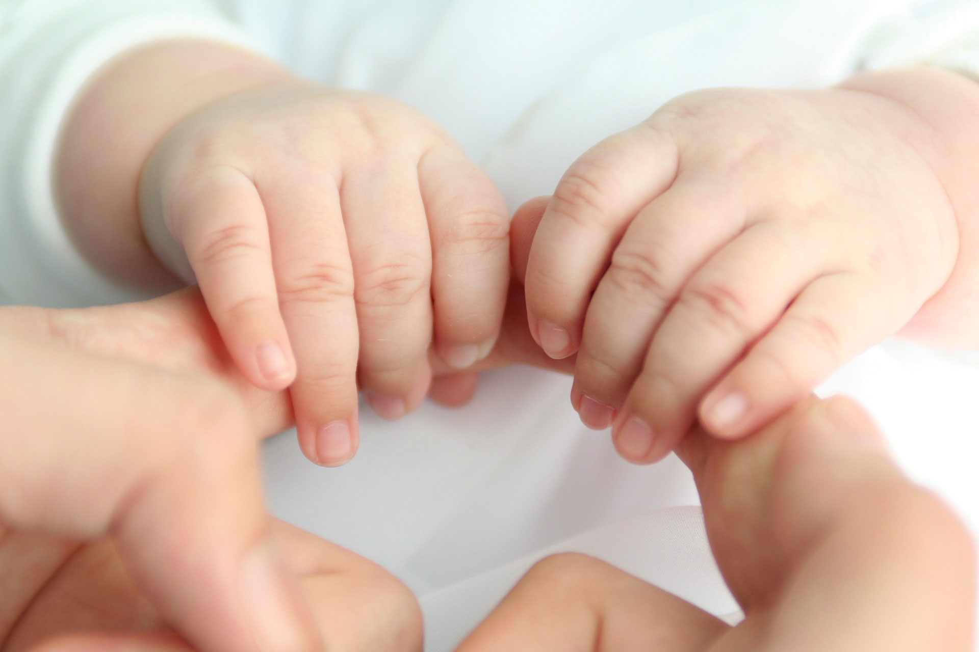 baby-rund-hände
